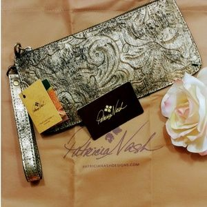 Patricia Nash Wristlet Gold Metallic St. Croce New